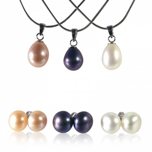 pearl earrings and pendant set
