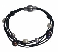 multi strand leather & pearls bracelet