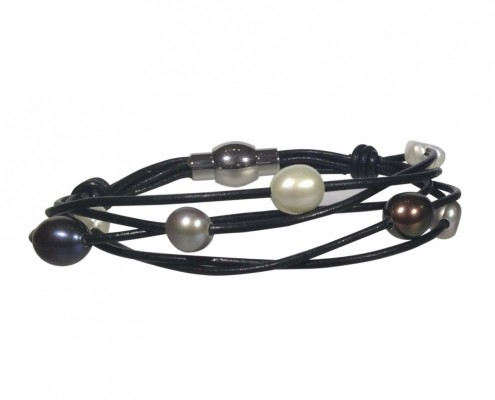 multi strand leather and pearls bracelet
