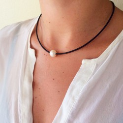 white pearl and leather necklace